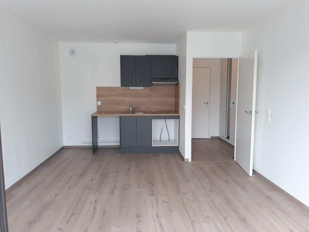 Appartement à louer 2 42.3m2 à Montivilliers vignette-1