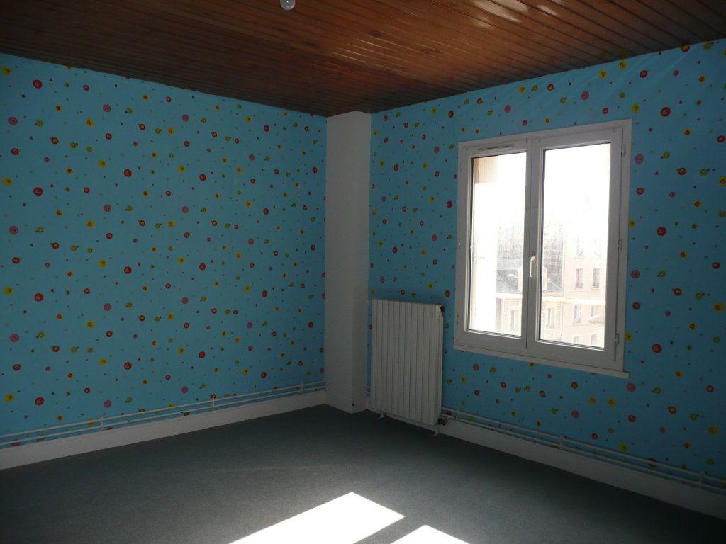 Appartement à louer 3 65.95m2 à Le Havre vignette-4