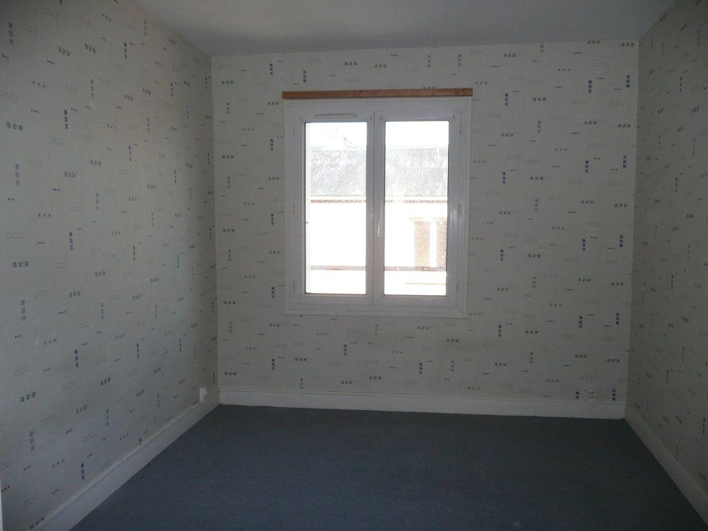 Appartement à louer 3 65.95m2 à Le Havre vignette-5