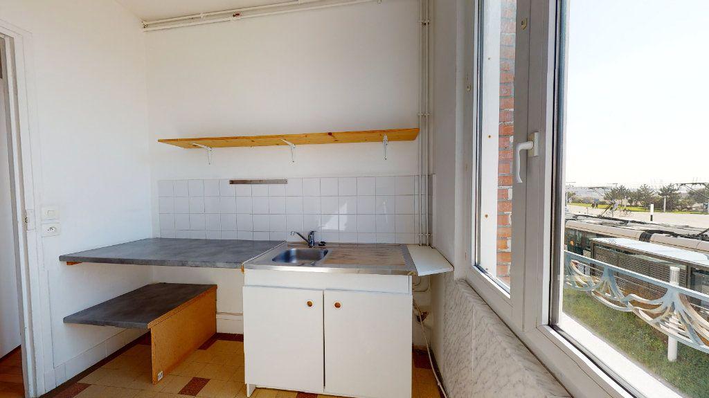 Appartement à louer 2 49.84m2 à Le Havre vignette-3