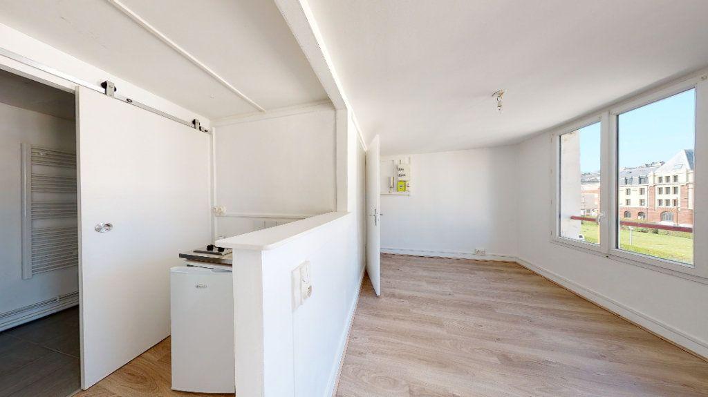 Appartement à louer 2 26.03m2 à Le Havre vignette-1