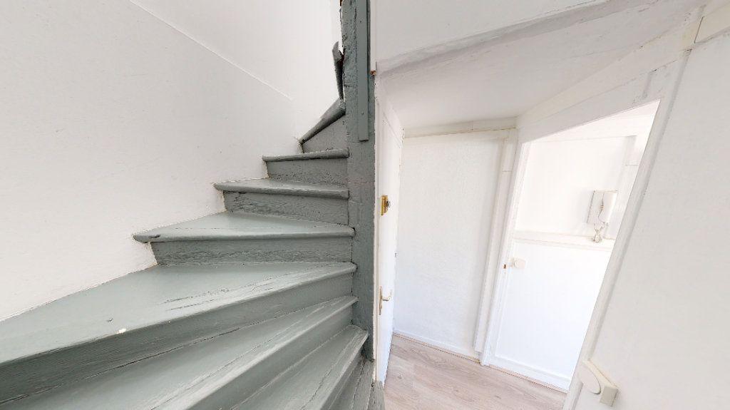 Appartement à louer 2 26.03m2 à Le Havre vignette-8