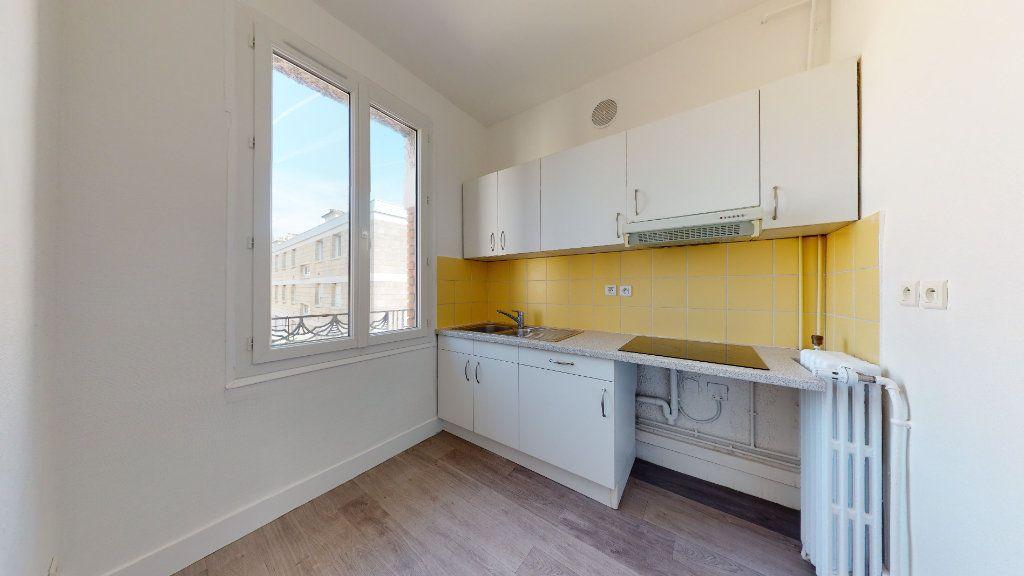 Appartement à louer 2 65.97m2 à Le Havre vignette-4