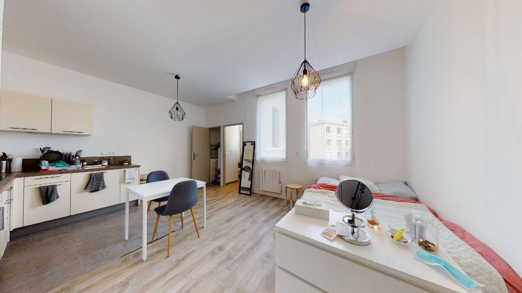 Appartement à louer 1 25.5m2 à Le Havre vignette-1