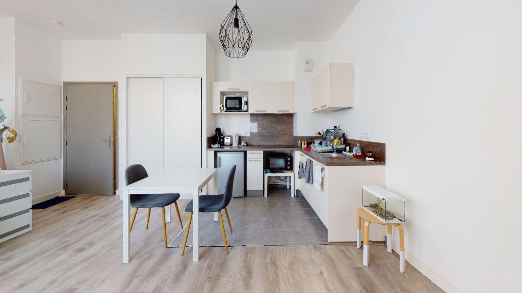 Appartement à louer 1 25.5m2 à Le Havre vignette-6