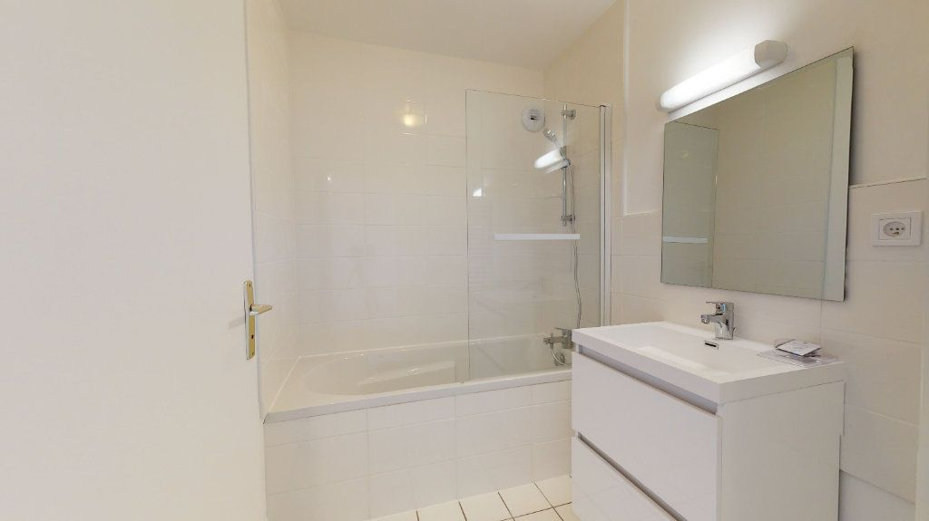 Appartement à louer 3 62.82m2 à Le Havre vignette-6