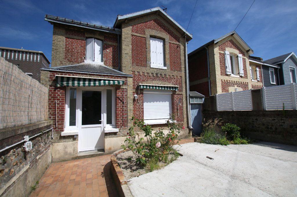 Maison à louer 3 60.35m2 à Le Havre vignette-1