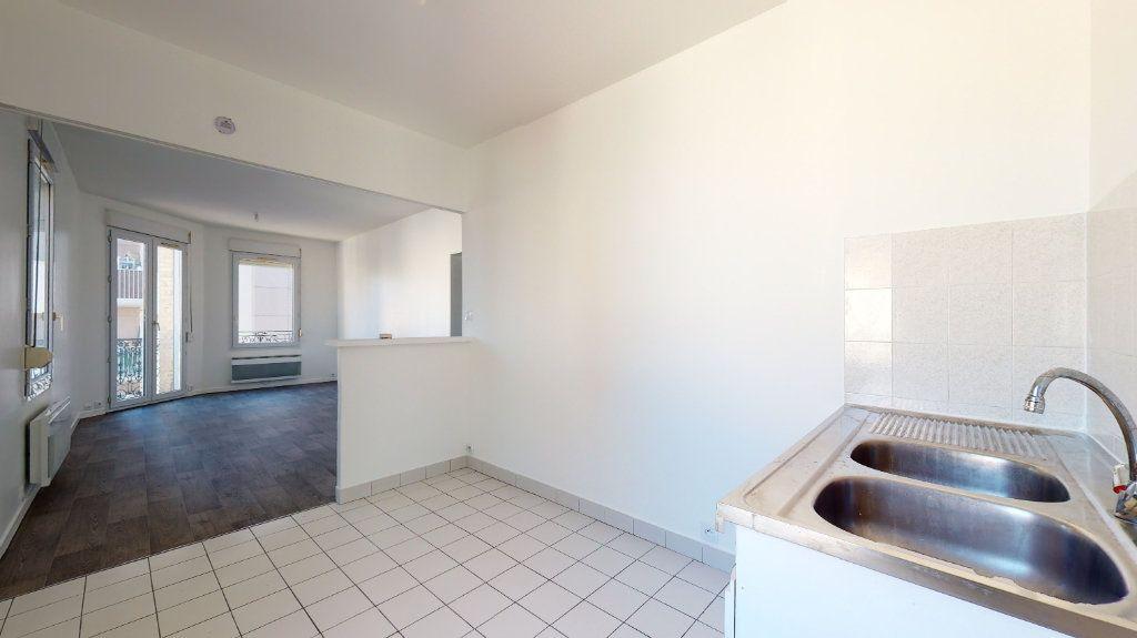 Appartement à louer 3 54m2 à Le Havre vignette-3