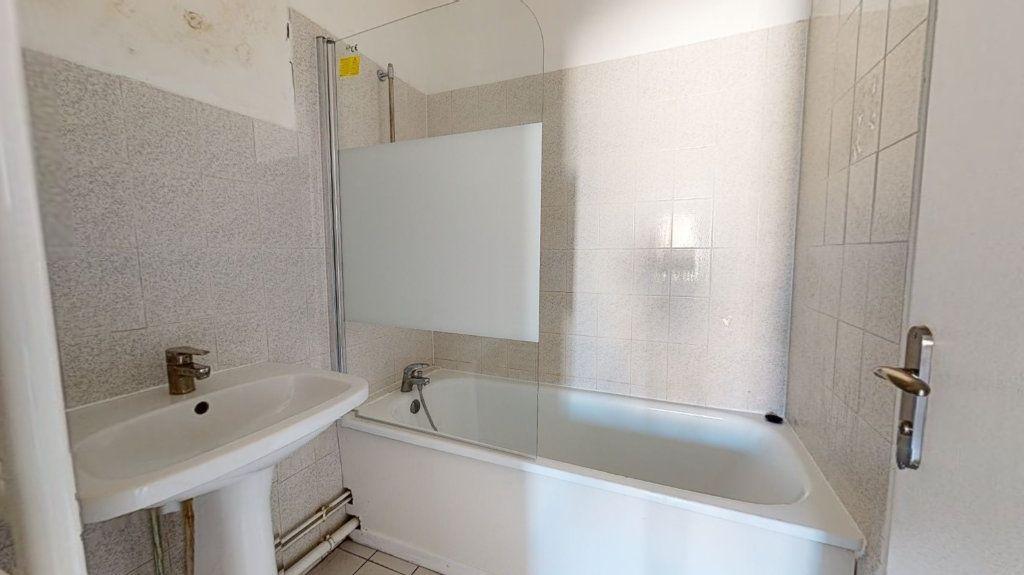 Appartement à louer 3 54m2 à Le Havre vignette-4