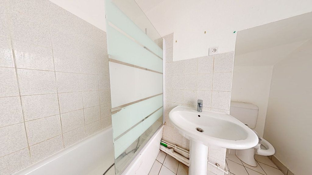 Appartement à louer 3 50.55m2 à Le Havre vignette-5