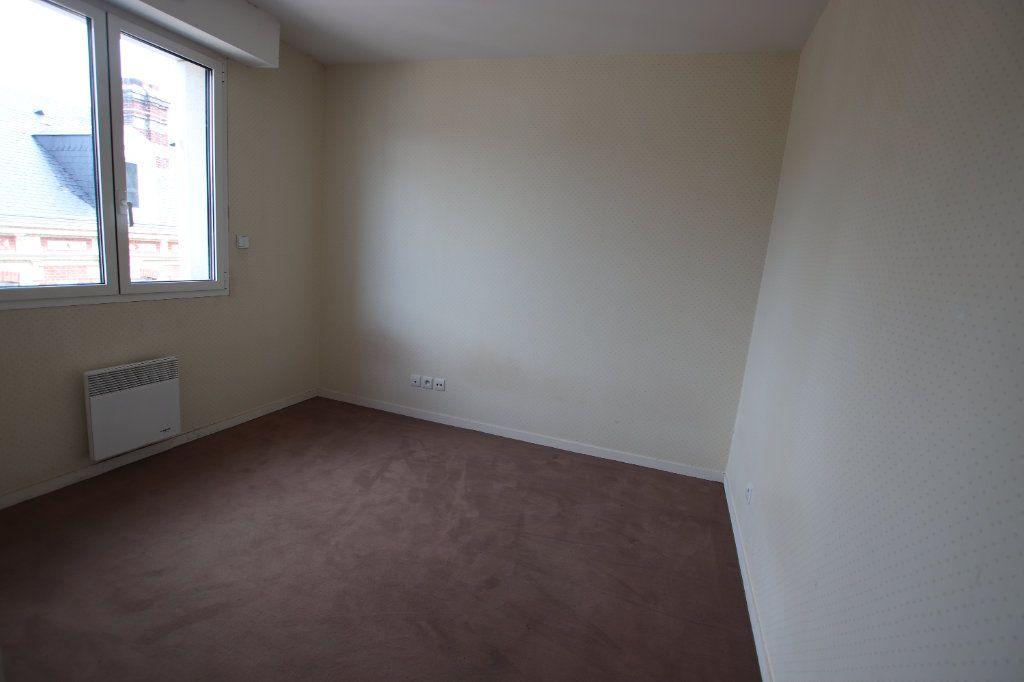 Appartement à louer 3 69.1m2 à Le Havre vignette-5