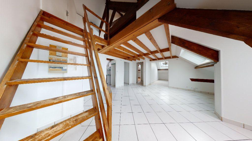 Appartement à louer 3 49.53m2 à Le Havre vignette-3