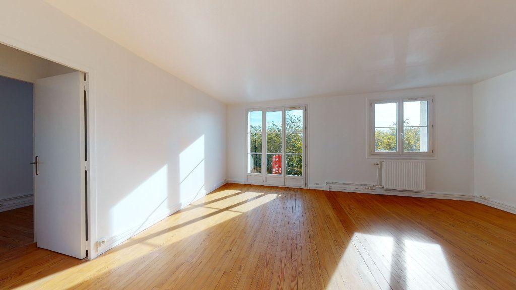 Appartement à louer 3 67.41m2 à Le Havre vignette-3