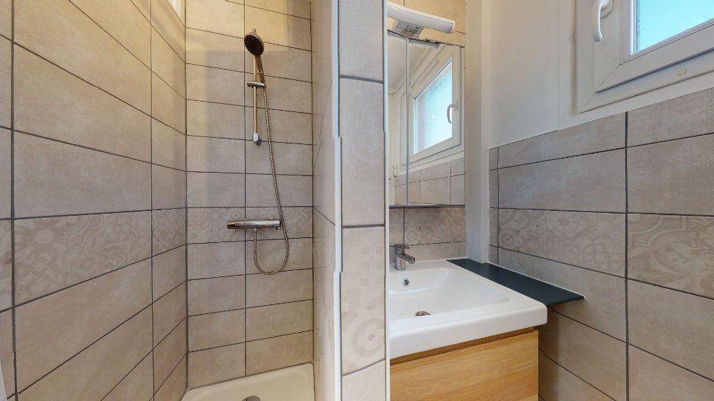 Appartement à louer 3 67.41m2 à Le Havre vignette-5