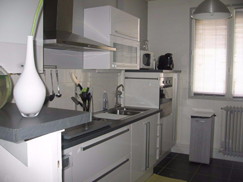 Appartement à louer 3 66.56m2 à Le Havre vignette-1