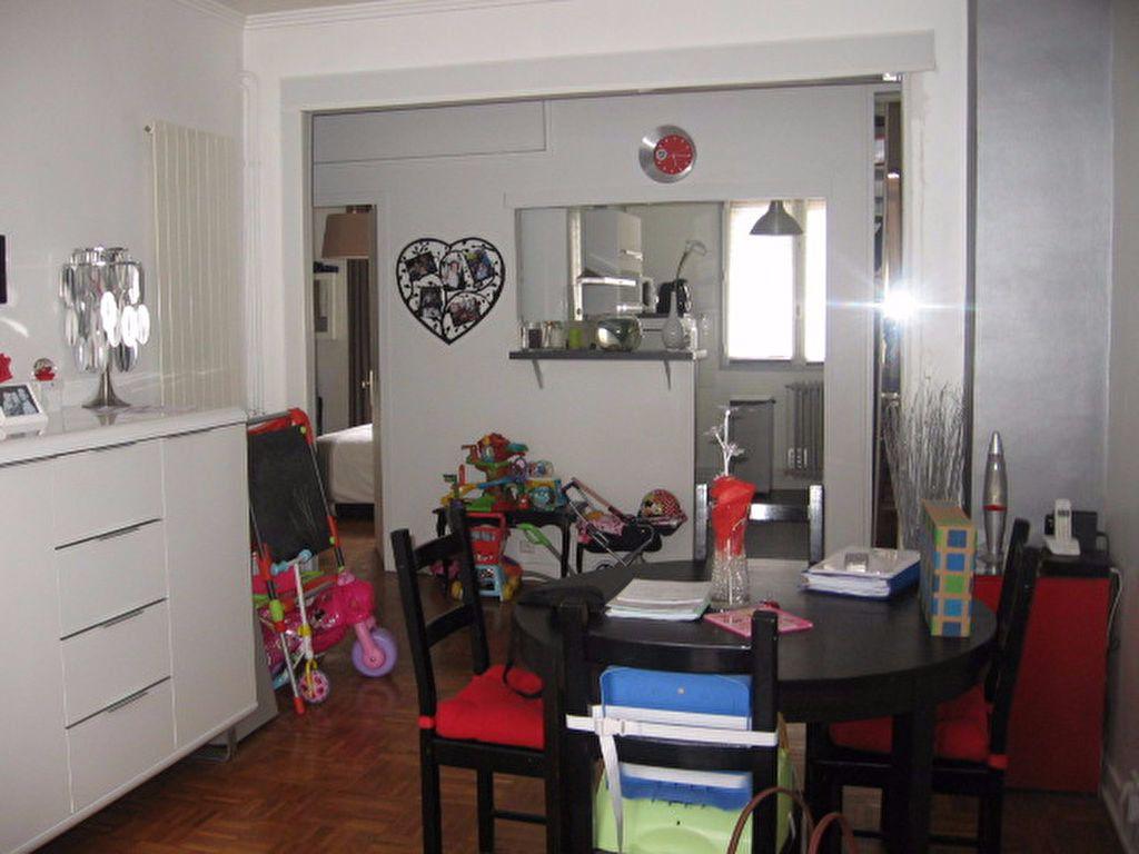 Appartement à louer 3 66.56m2 à Le Havre vignette-2