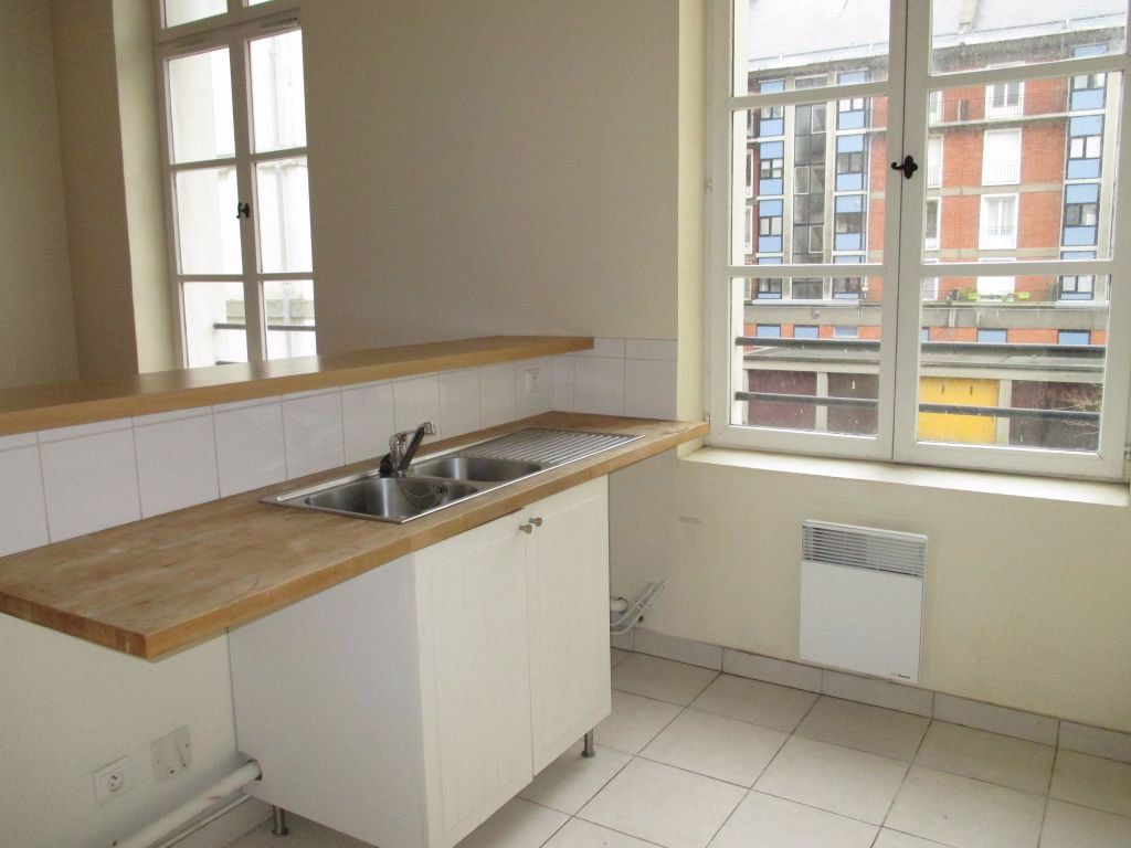 Appartement à louer 4 85m2 à Le Havre vignette-2
