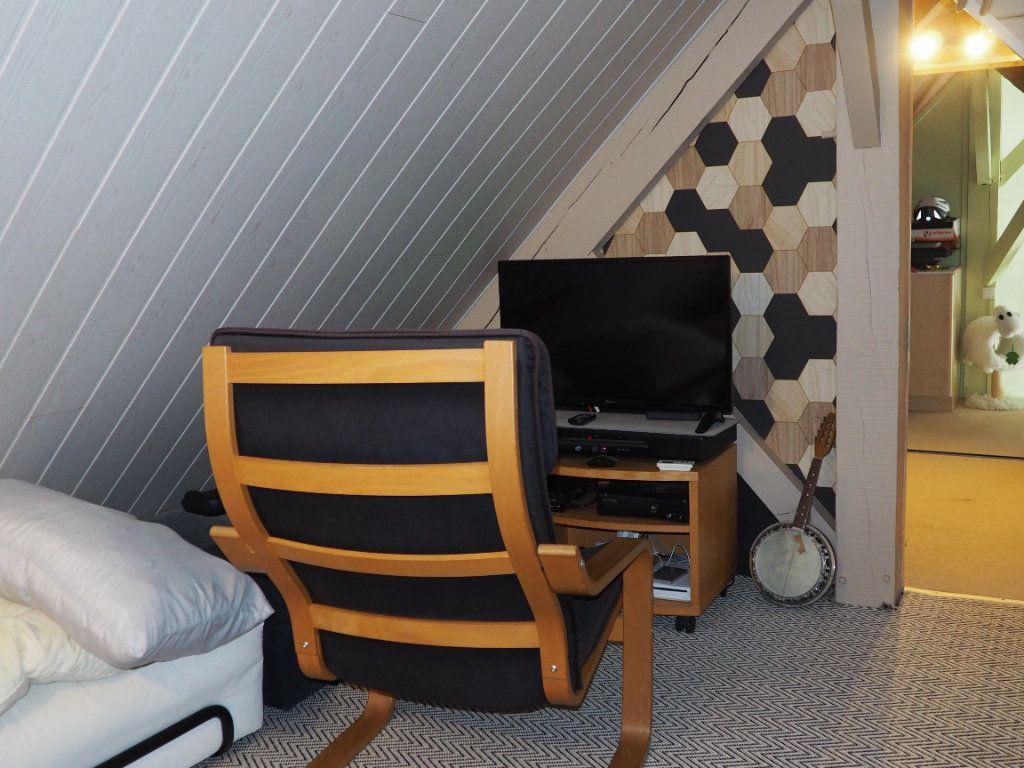 Maison à vendre 8 220m2 à Octeville-sur-Mer vignette-10