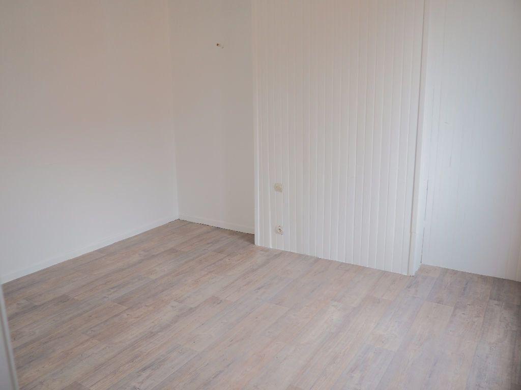 Appartement à louer 2 37m2 à Le Havre vignette-2