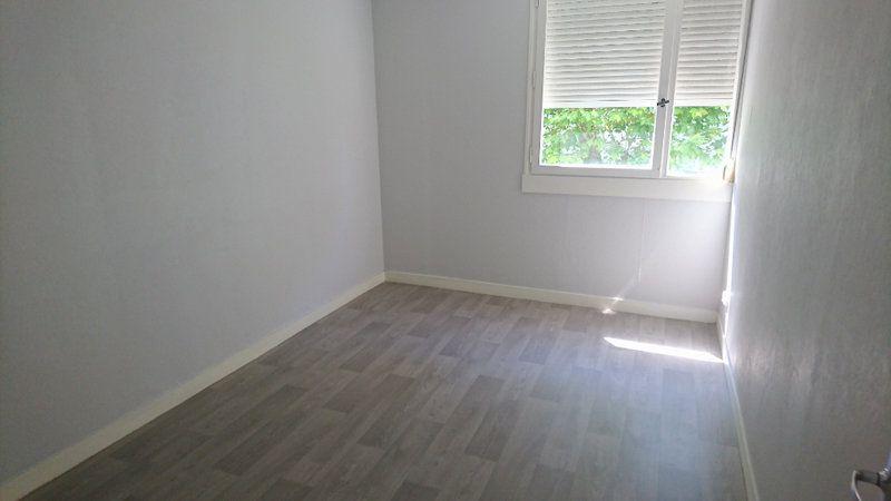 Appartement à louer 4 74.55m2 à Le Havre vignette-3