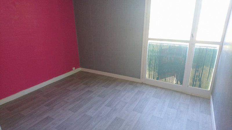 Appartement à louer 4 74.55m2 à Le Havre vignette-5
