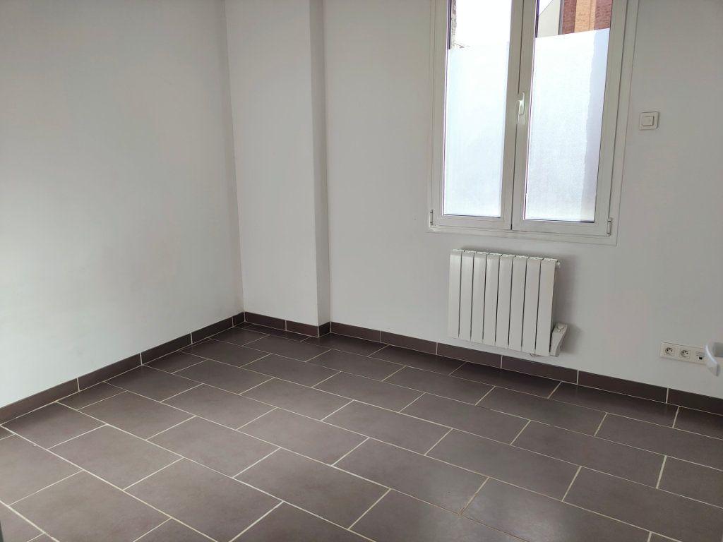 Appartement à louer 2 47.33m2 à Le Havre vignette-3