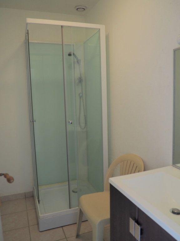 Appartement à louer 1 30.3m2 à Le Havre vignette-3