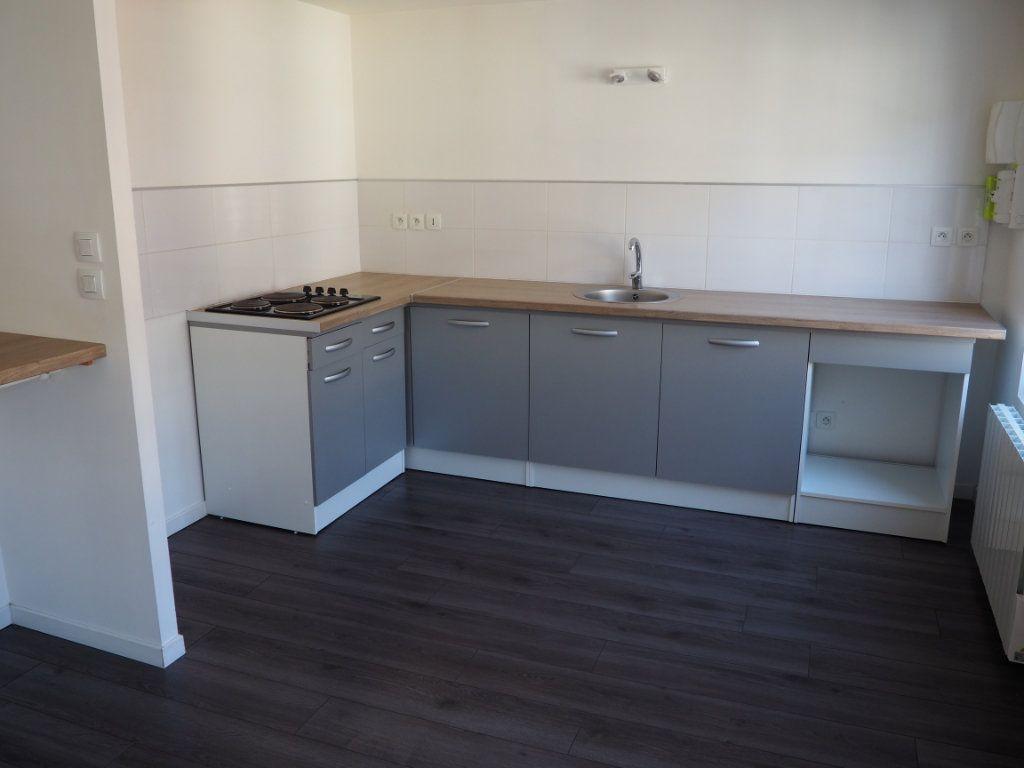 Appartement à louer 4 80m2 à Harfleur vignette-2