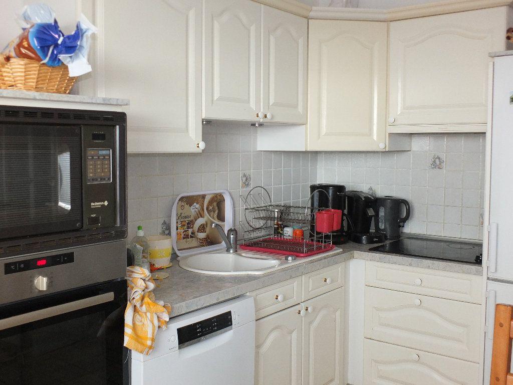 Appartement à vendre 4 77.74m2 à Le Havre vignette-3
