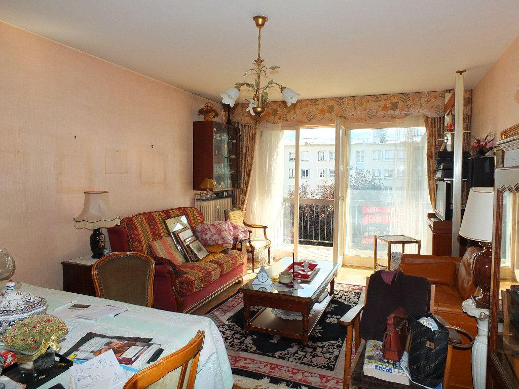 Appartement à vendre 2 65m2 à Le Havre vignette-3