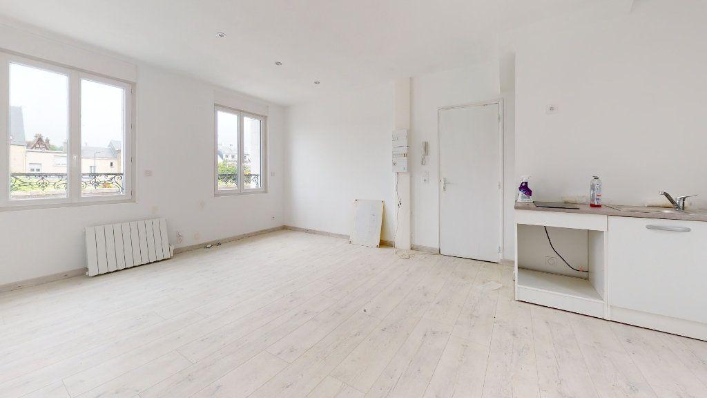 Appartement à louer 2 37m2 à Montivilliers vignette-1