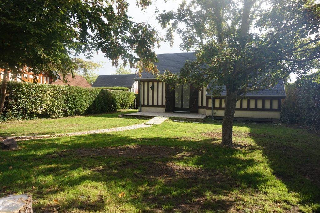 Maison à louer 2 35m2 à Merville-Franceville-Plage vignette-1