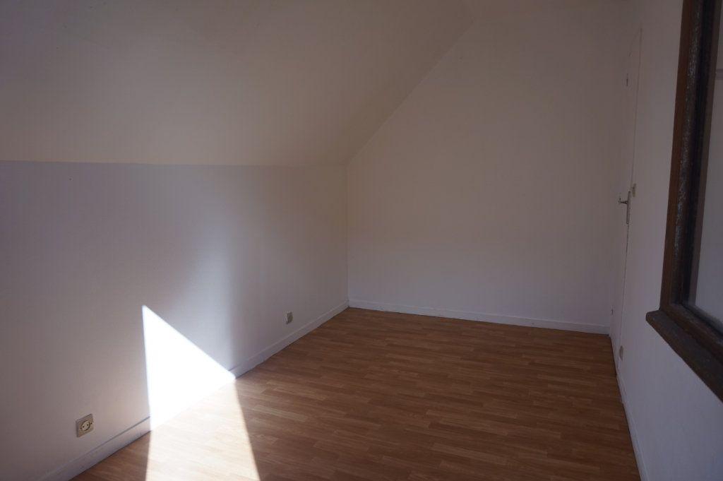 Maison à louer 2 35m2 à Merville-Franceville-Plage vignette-5