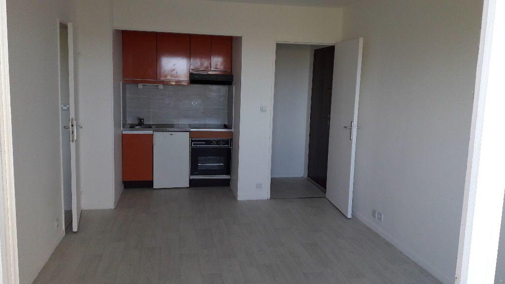 Appartement à louer 2 31.09m2 à Cabourg vignette-1