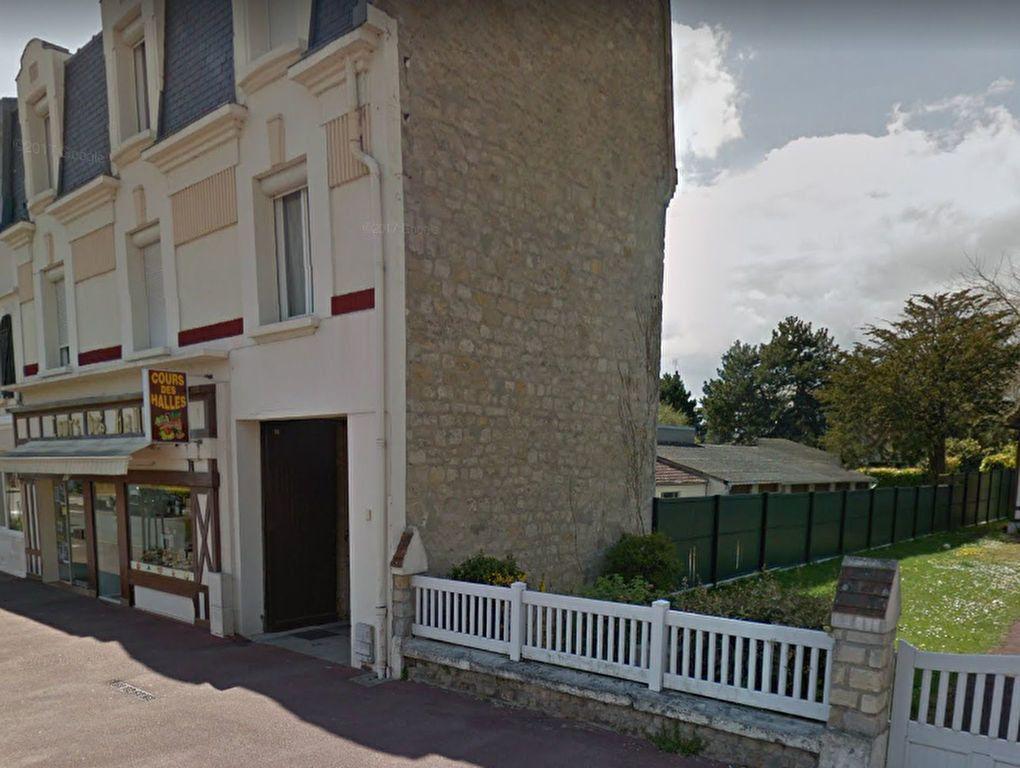 Stationnement à louer 0 15m2 à Merville-Franceville-Plage vignette-1