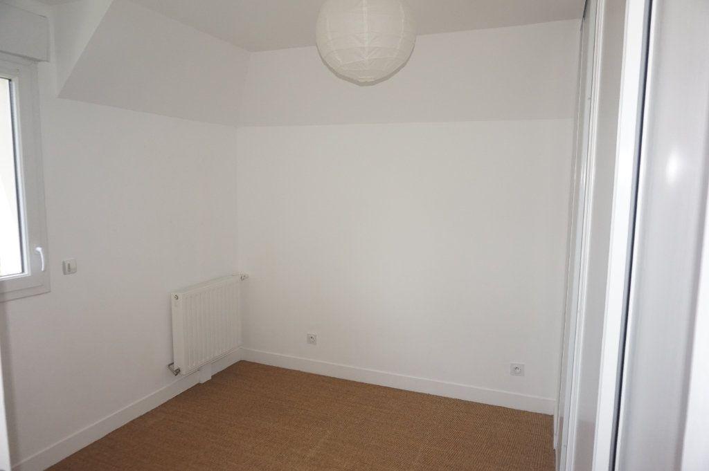 Appartement à louer 3 57m2 à Varaville vignette-4