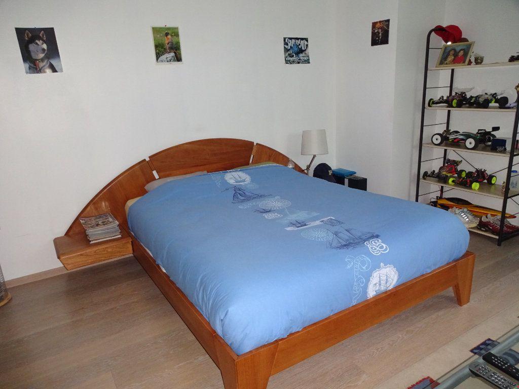 Maison à vendre 6 203m2 à Garcelles-Secqueville vignette-8
