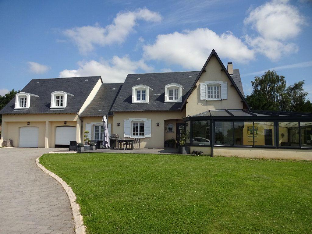 Maison à vendre 9 349m2 à Bellengreville vignette-1