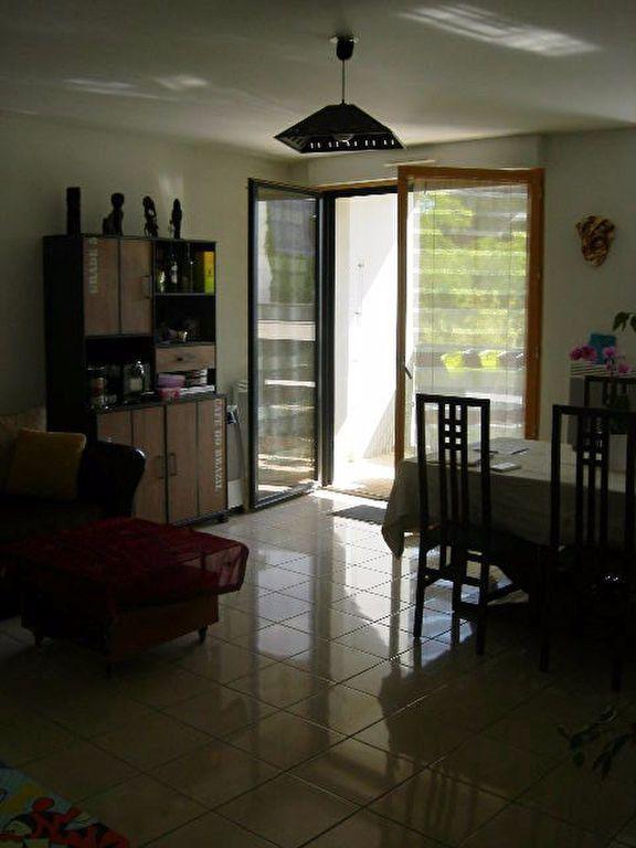 Appartement à louer 4 89.98m2 à Tours vignette-4