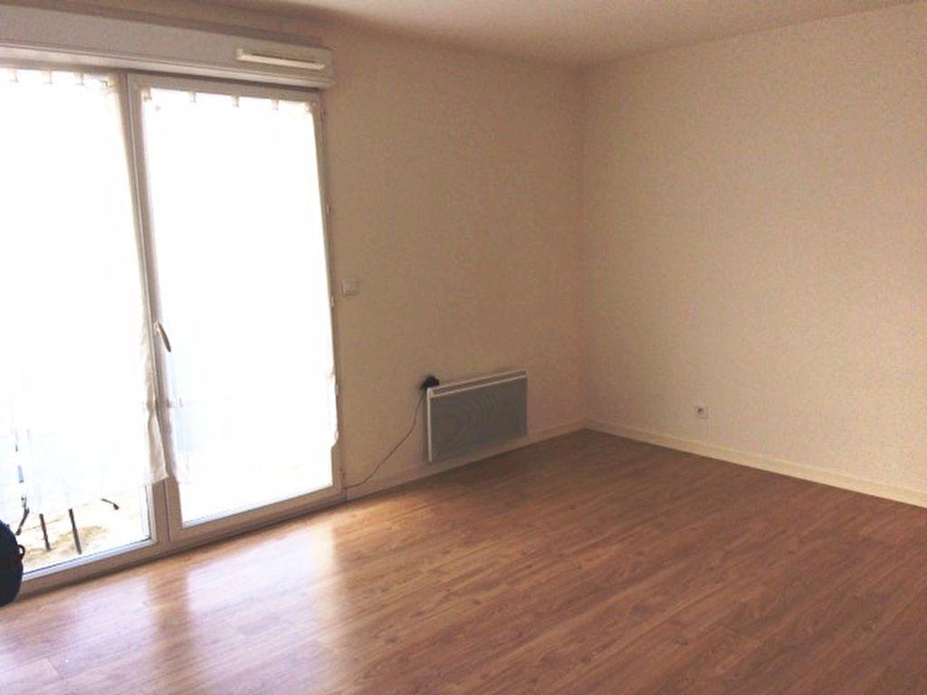 Appartement à louer 1 29.35m2 à Tours vignette-4