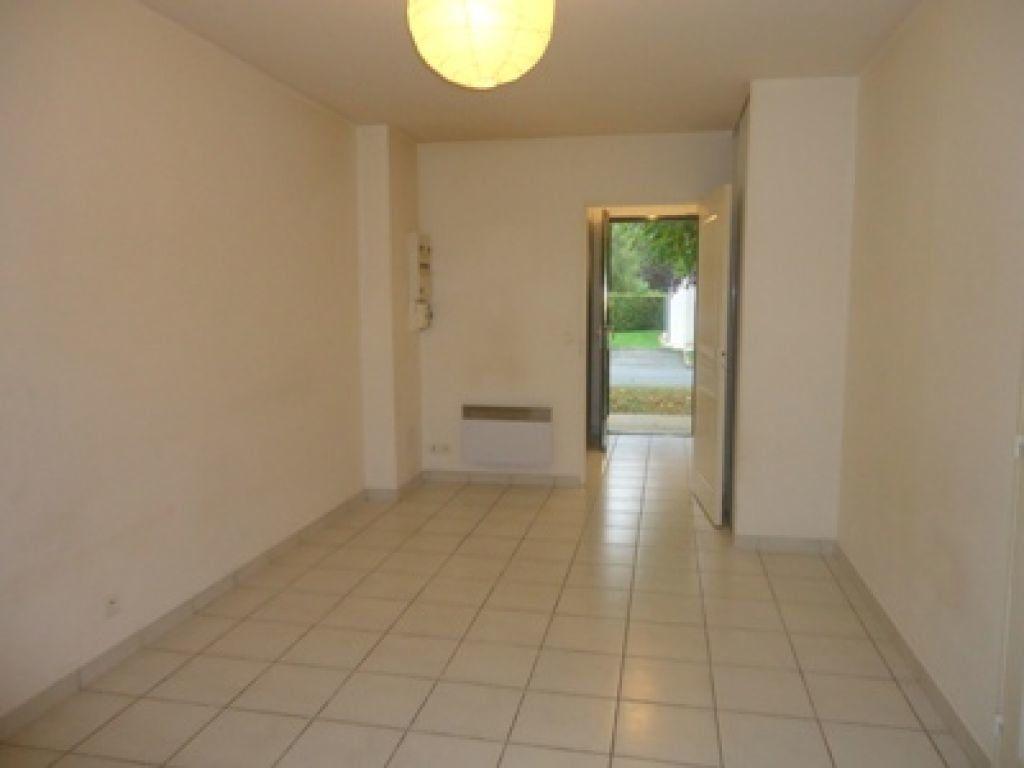 Appartement à louer 1 27.79m2 à Ballan-Miré vignette-6