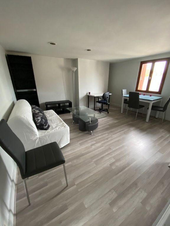 Appartement à louer 2 37.06m2 à Tours vignette-5