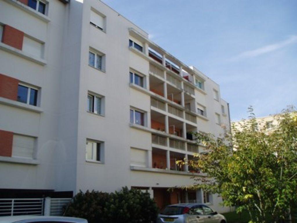Appartement à louer 2 43.94m2 à Tours vignette-1