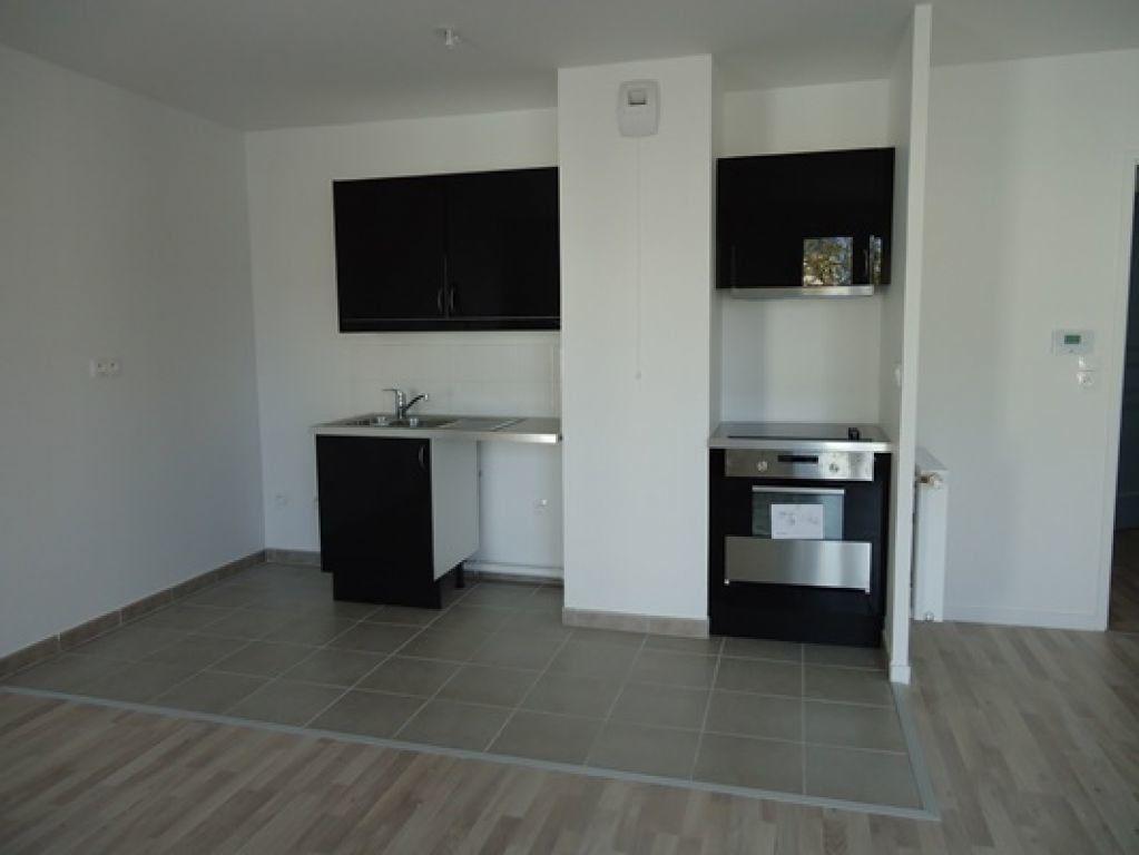 Appartement à louer 3 61.34m2 à La Riche vignette-3