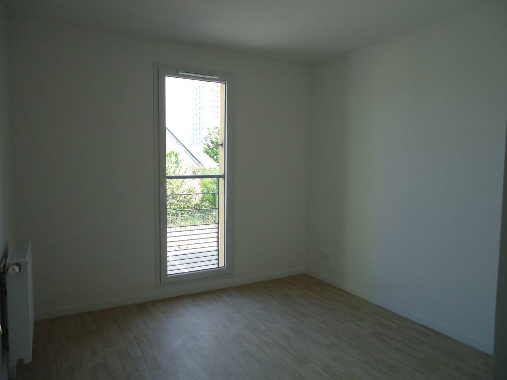 Appartement à louer 3 61.34m2 à La Riche vignette-7
