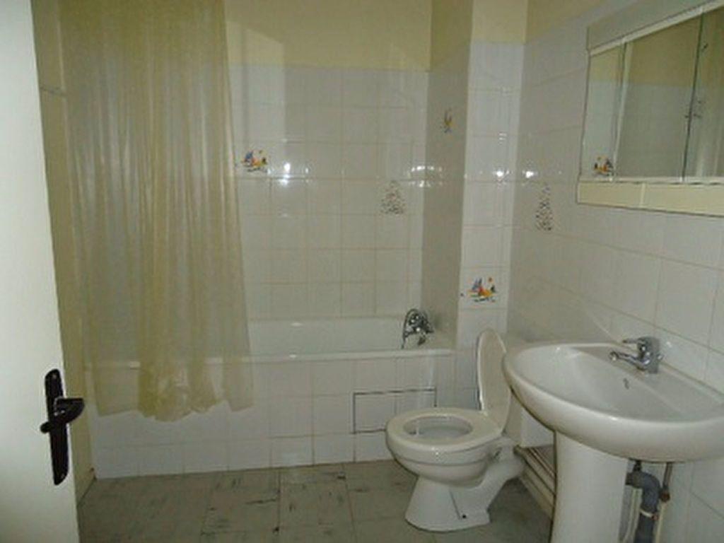 Appartement à louer 1 29.18m2 à Chambray-lès-Tours vignette-8