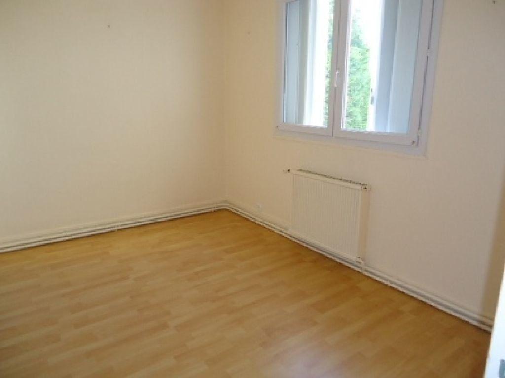 Appartement à louer 3 62.2m2 à Tours vignette-11