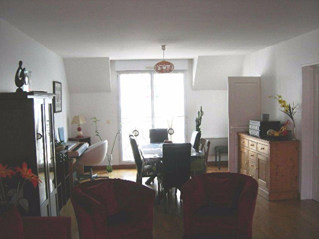 Appartement à louer 5 102.01m2 à Tours vignette-4