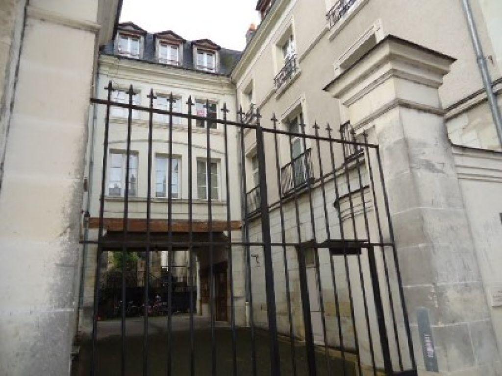 Appartement à louer 2 38.01m2 à Tours vignette-1