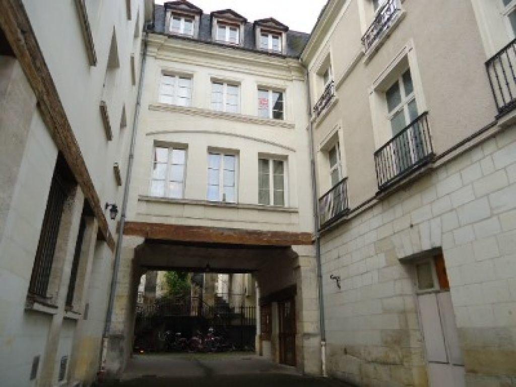 Appartement à louer 2 38.01m2 à Tours vignette-2